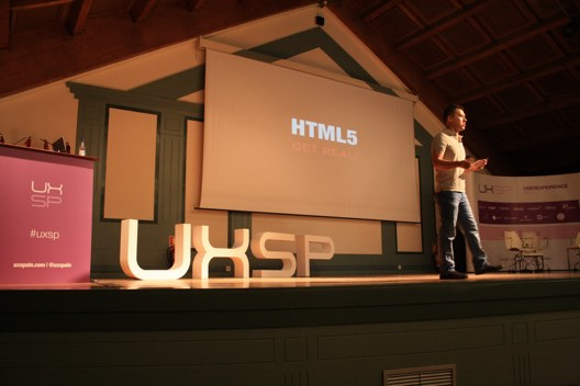 Julio on the stage, for the HTML5 Get Real talk